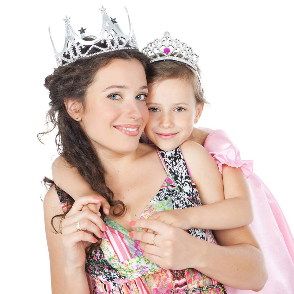 Mother Amp Daughter Princess For A Day Entertainment Sudbury